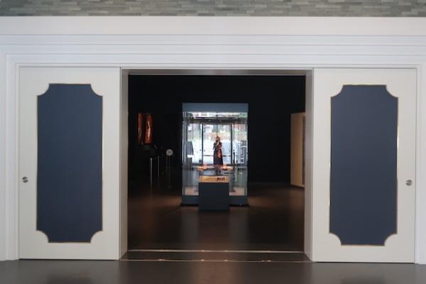 高岡の森弘前藩歴史館 展示室入口