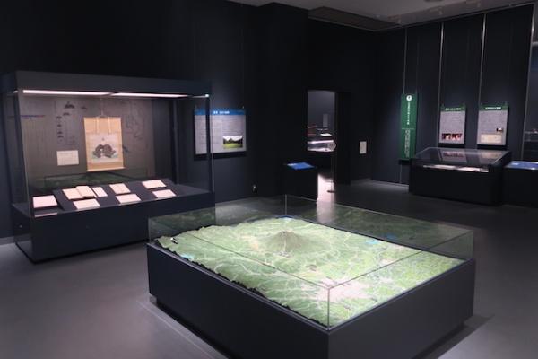 高岡の森弘前藩歴史館 展示室内